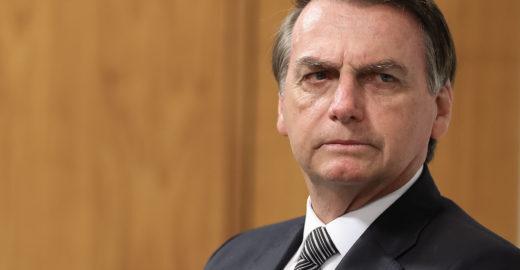Bolsonaro aponta: decisão do STF sobre homofobia é equivocada