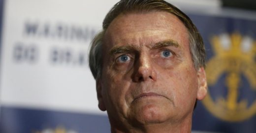 Bolsonaro suspenderá concursos públicos para os próximos anos