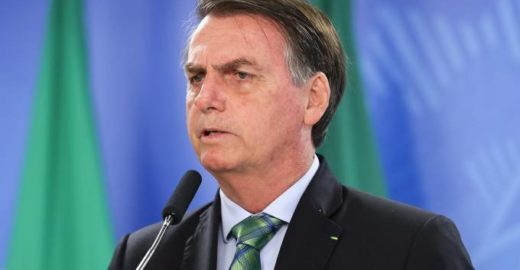 Militar é preso com drogas em avião reserva de Bolsonaro na Espanha