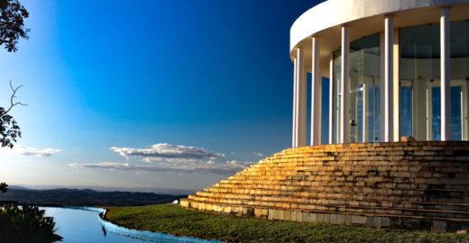 Cinco lugares para conhecer nos arredores de Brasília de carro
