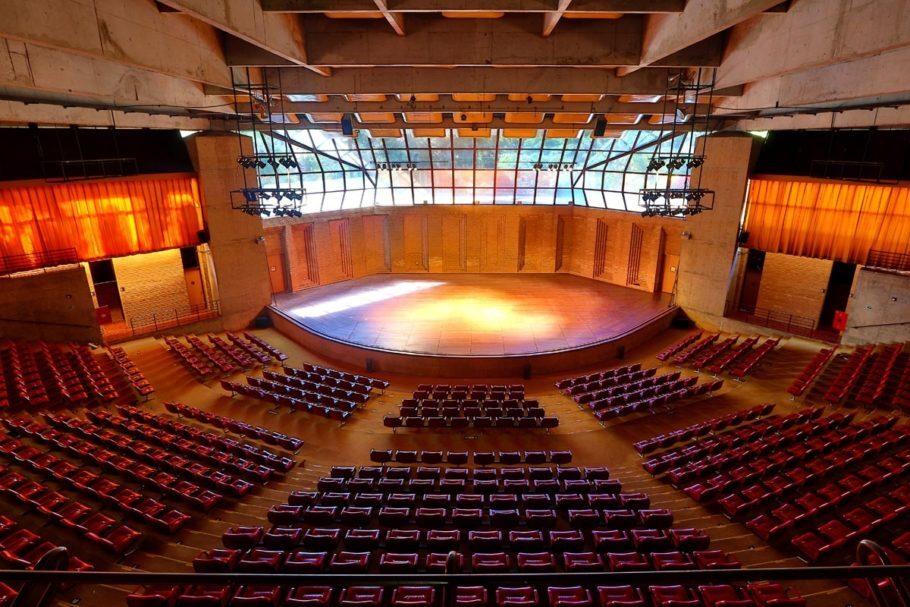 Interior do Auditório Claudio Santoro, palco do tradicional Festival de Inverno de Campos do Jordão, que acontece todos os anos no mês de julho