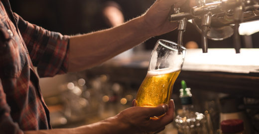 Cervejaria de Pinheiros realiza inauguração com um chope grátis