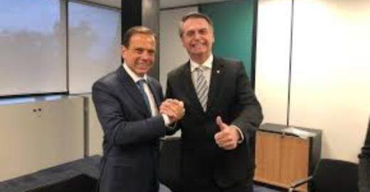 Dimenstein: sem saber, Bolsonaro ajuda candidatura de João Dória