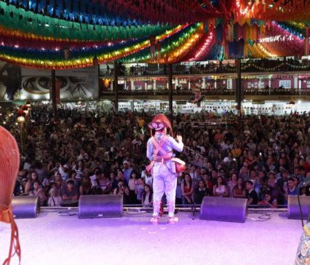palco da festa junina do centro de tradições nordestinas ctn