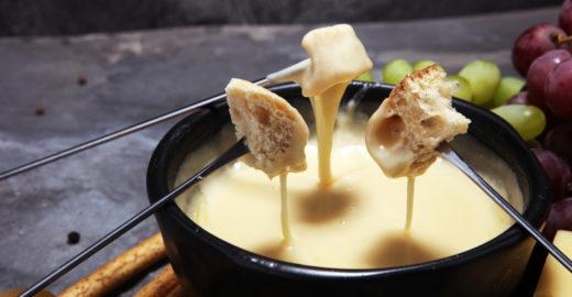 Aprenda uma receita de fondue vegano para esquentar seus dias