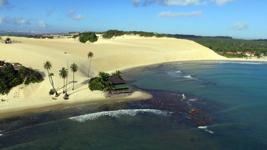 Vista da praia de Genipabu, em Natal