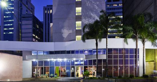 Rede de hotéis tem programação especial para Parada LGBT de SP