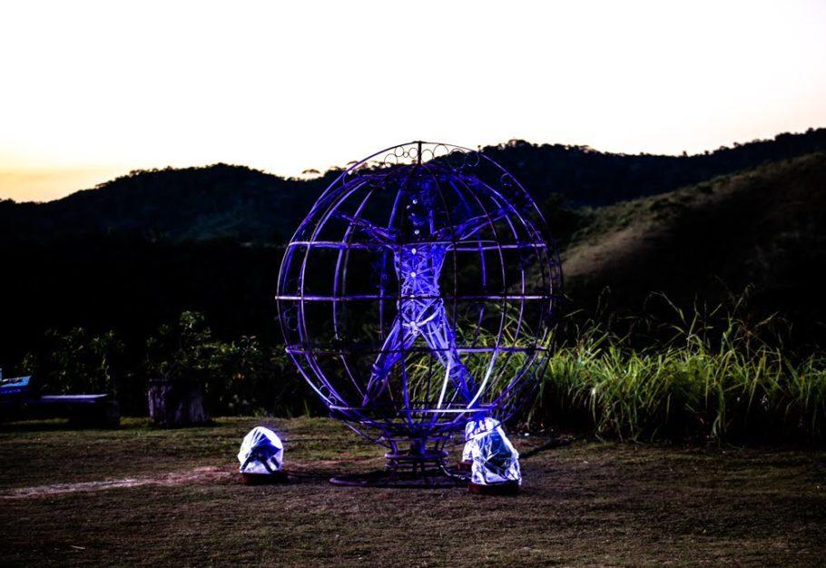 Instalação luminosa na Festa das Luzes