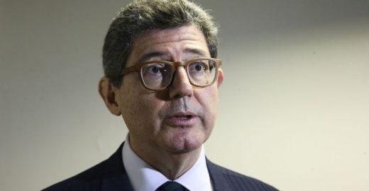Após declarações de Bolsonaro, presidente do BNDES pede demissão