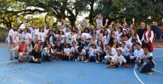 Brasileira cria projeto de adoção tardia concorre a prêmio em Viena