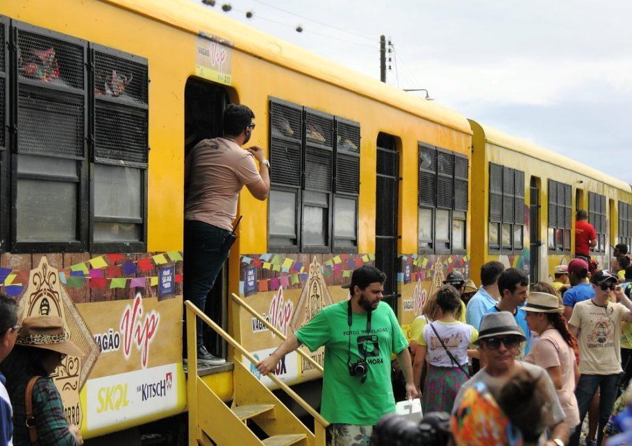 As viagens ocorrem aos finais de semana com saídas sempre às 10h da Estação Velha