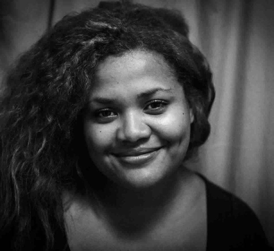 Diretora e roteirista gabonesa, Samantha Biffot estudou na Ecole Supérieur de Réalisation Audiovisuelle (Paris), de 2004 a 2007. Antes de voltar ao Gabão em 2010 para criar a Princesse M Productions (em Libreville), ela trabalhou em inúmeras produções em Paris. Seu documentário