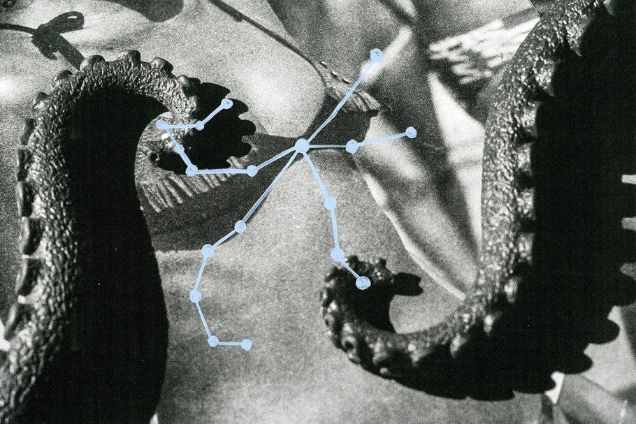 , da série Boa Noite, Povo, de Cristina De Middel e Bruno Morais, em cartaz na mostra fotográfica 'Ainda Há Noite', no Itaú Cultural