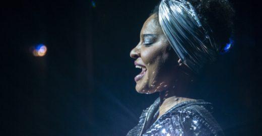 Musical 'Elza' faz nova temporada no Teatro Sérgio Cardoso
