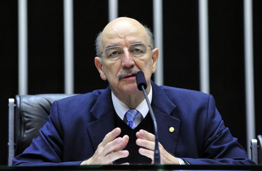 O ministro da Cidadania, Osmar Terra, que responsável pela políticas sobre drogas no governo Bolsonaro