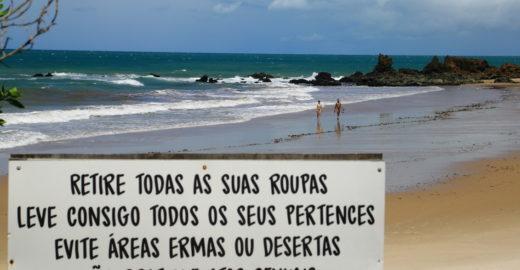 Conheça Tambaba, a única praia de naturismo do Nordeste