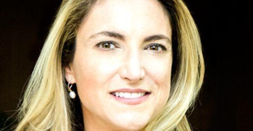Dimenstein: a repórter que deu um tapa na milícia digital de Bolsonaro