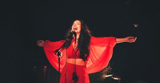 Estéreo MIS traz show da cantora Illy na programação de junho