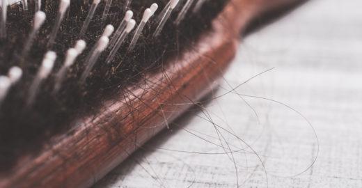 Saiba como evitar que os cabelos caiam mais no inverno