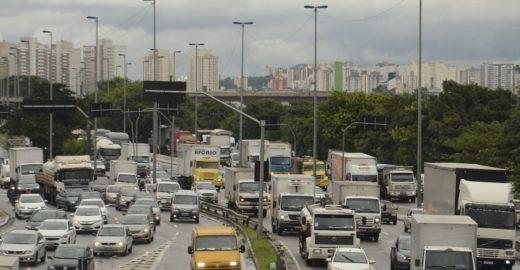 Greve Geral: Prefeitura de SP volta atrás e mantém rodízio de veículos