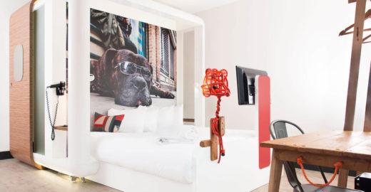 Hotel em Londres atrai viajantes com design inovador e baixas tarifas