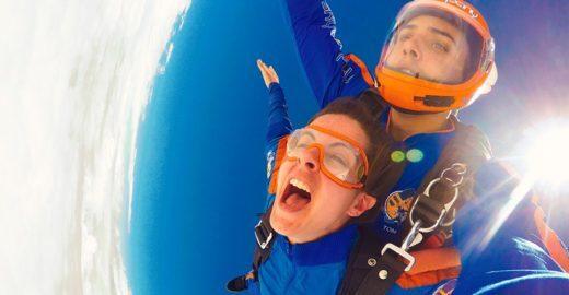 O primeiro salto de paraquedas: Como perder o medo?