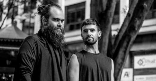 São Yantó & Chicão fazem shows gratuitos em praças e calçadas de SP