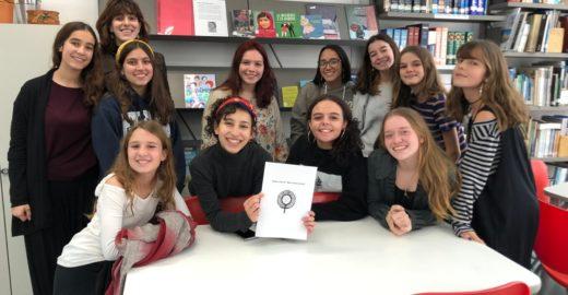 Petição de alunas cobra mais autoras mulheres em livros da Fuvest