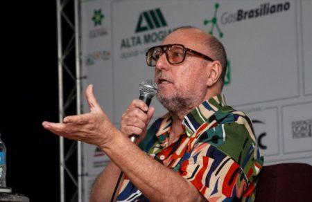 Ganhador de importantes prêmios do jornalismo, Xico Sá é um dos principais cronistas brasileiros contemporâneos – Crédito: Roberto Galhardo
