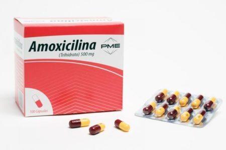 caixa do remédio amoxilina