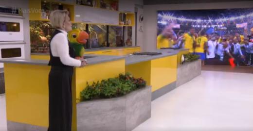 Ana Maria confusa: dá parabéns a Felipão e João Gilberto vira Gil