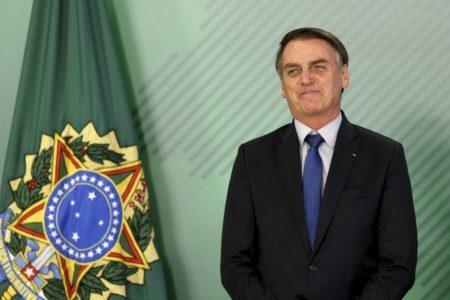 Bolsonaro ovacionado