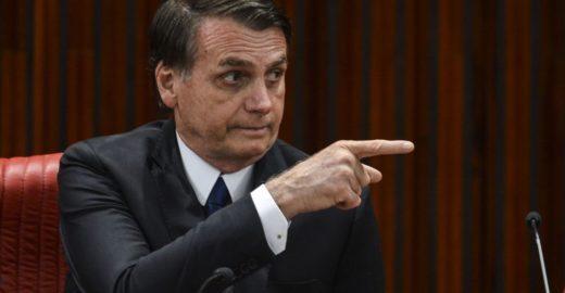 Bolsonaro usa termo pejorativo para ofender governadores do nordeste