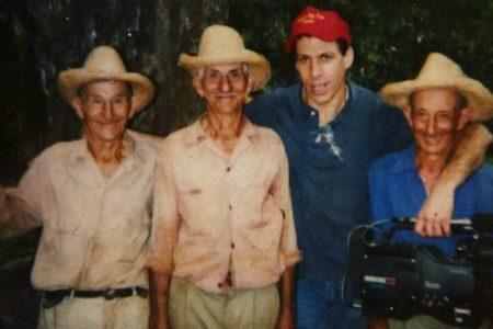 Jon Alpert e os irmãos Borrego nos anos 90