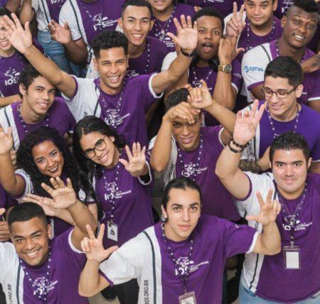 Alunos do Instituto da Oportunidade Social, que abriu 1.500 vagas para jovens e pessoas com deficiência