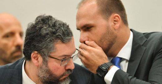 Globo revela razão secreta para Bolsonaro dar embaixada ao filho