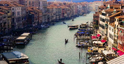 Escola de negócios dá bolsas de R$ 12 mil para estudar na Itália