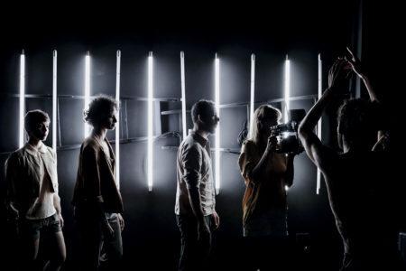 cena do espetáculo de dança plano sequencia da companhia jorge garcia