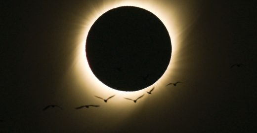 Foto do eclipse tirada por brasileiro vira 'imagem do dia' da Nasa