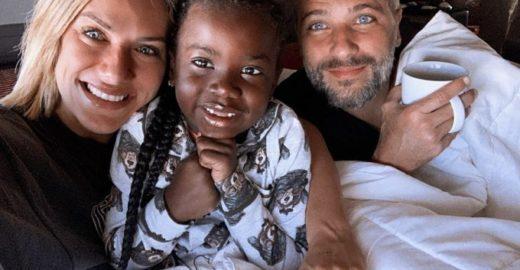 Gio Ewbank e Gagliasso falam sobre adoção do 2º filho