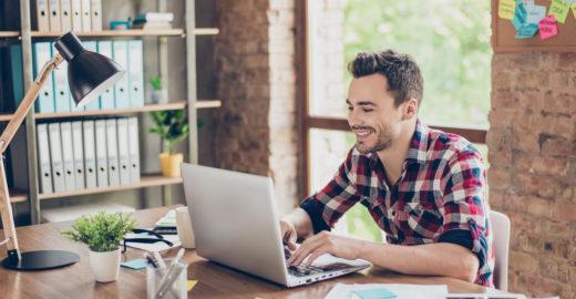Promoção: notebook Compaq com Microsoft Office e memória SSD