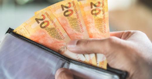 Governo Bolsonaro deve limitar saques de contas do FGTS a R$ 500