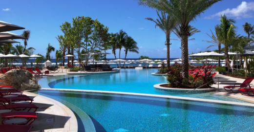 Resort nas Ilhas Cayman mima hóspedes com câmera para mergulho