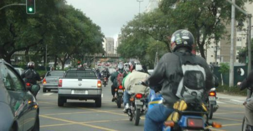 'Uber' das motos chega ao Brasil com promessa de corridas mais baratas