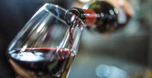 5 mitos e verdades sobre os efeitos do vinho na saúde