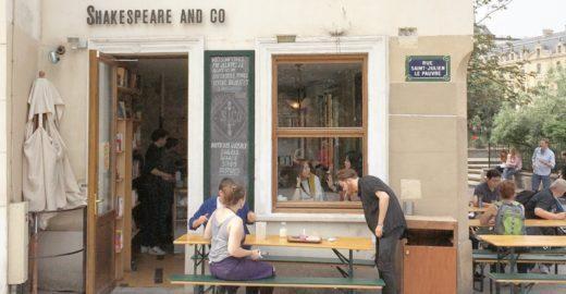 Café Shakespeare & Co e os 68 anos da emblemática livraria parisiense