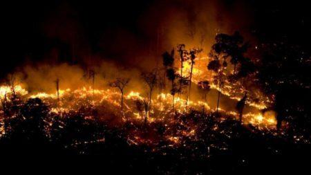 Foco de incêndio na Floresta Amazônia em São Félix do Xingu, no Pará