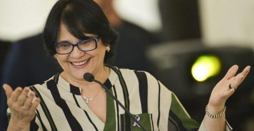 Damares extingue comitês de gênero, diversidade e inclusão