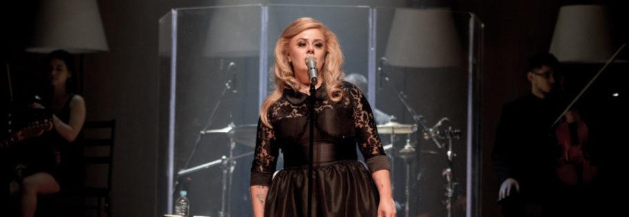 """""""Hello Adele Tribute"""" revive canções do DVD """"Live at the Royal Albert Hall"""" (2011) e dos álbuns lançados posteriormente"""