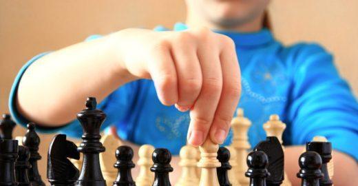 3 motivos para seu filho aprender xadrez
